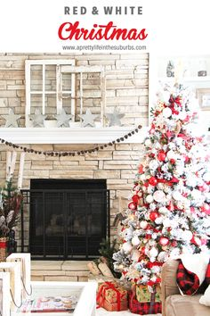 My Holiday Home: Red and White Christmas Decorating Ideas Christmas Tree Top Decorations, Cabin Christmas Decor, Real Christmas Tree, Christmas Bedroom, Country Christmas, Simple Christmas, Christmas Home, White Christmas, Christmas Fireplace