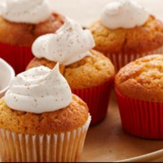Pumpkin Angel Puffs with Spiced Whipped Cream: These pumpkin-infused angel food cupcakes are a little bite of heaven, topped with sweetened whipped cream and a dash of ginger. Angel Food Cupcakes, Angel Food Cake, Cupcake Cakes, Pumpkin Cupcakes, Fall Desserts, Delicious Desserts, Cupcake Recipes, Dessert Recipes, Pumpkin Recipes
