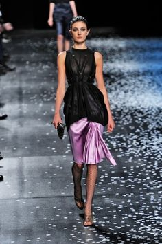 Our 20 favorite looks from Paris Fashion Week.