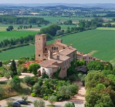 Wedding castle and hotel in Spain – Castell d'Emporda