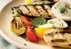 Salade de légumes grillés, de tomates fraîches et de mozzarella Mozzarella, Mets, Saq, Healthy Recipes, Healthy Food, Chicken, Roasted Vegetable Salad, Grilling, Food Recipes