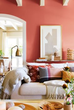Feng Shui: los colores que hacen sentir bien The Effective Pictures We Offer You About feng shui home art A quality picture can tell you many things. You can find the most beautiful pictures that can Feng Shui Living Room Colours, Room Feng Shui, Feng Shui Colours, Living Room Colors, Coral Accent Walls, Interior Design Inspiration, Home Interior Design, Living Room Interior, Living Room Decor