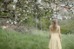 Image discovered by Fairydust. Find images and videos about girl, spring and garden on We Heart It - the app to get lost in what you love. Find Image, Flowers, Beauty, Nature, Beleza, Cosmetology, Royal Icing Flowers, The Great Outdoors, Flower