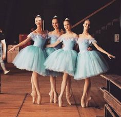 Images and videos of blue ballet Ballet Pictures, Ballet Images, Dance Pictures, Ballerina Dancing, Ballet Dancers, Ballerinas, Ballet Costumes, Dance Costumes, Vaganova Ballet Academy