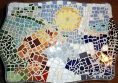 Mesa de madera con mosaico Tìtulo: Ciclo del agua. Elaborado por: Xatli Murillo