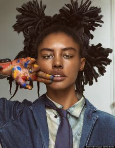 """Les Beaux Arts"": Ronja Amanda Berg, Elza Luijendijk and Lieke van Houten as Artists Jean-Michel Basquiat, Wassily Kandinsky (?), and Jackson Pollock by Erwin Olaf for Vogue Netherlands March 2014 Jean Michel Basquiat, Jm Basquiat, Erwin Olaf, Afro Punk, Pretty People, Beautiful People, Vogue, Hair Reference, Drawing People"