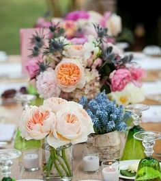 Diner table wedding