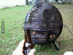 That is a freaking awesome fire pit screen