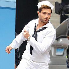one hot guy ! Hottest Male Celebrities, Cute Celebrities, Celebs, Zec Efron, Troy Bolton, Sailor Costumes, Skylar Astin, Eric Dane, The Greatest Showman