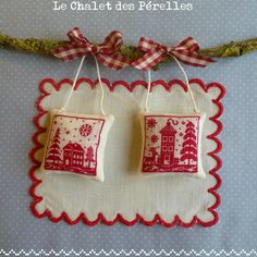 little red cross stitch houses--free pattern! LE CHALET DES PERELLES Maisons rouges 2012