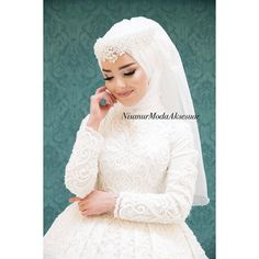 Nisanur A bride who is very happy to be her bride Allah God bless you, beauty, whatsapptan or dmden for accessories Aksesuar Muslim Wedding Gown, Muslim Wedding Dresses, Muslim Brides, Wedding Hijab, Wedding Bridesmaids, Bridal Dresses, Dress Wedding, Muslim Couples, Bridal Hijab