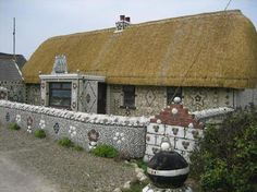 Wexford, County Wexford Picture: Sea-shell house Cullenstown strand - Check out Tripadvisor members' candid photos and videos. Seashell Art, Seashell Crafts, Seashell Projects, Shell House, Nautical Home, Marine Life, Habitats, Sea Shells, Trip Advisor