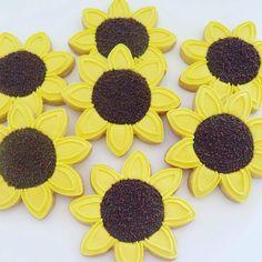 Sunflower cookies Sunflower Cookies, Weddings, Baking, Food, Decor, Decoration, Sunflower Cakes, Wedding, Bakken