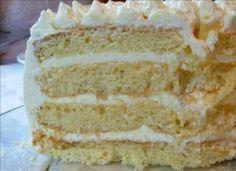 Lemon Layer Cake with Lemon Curd and Mascarpone - The best lemon cake that I've ever made Fondant, Mascarpone Recipes, Lemon Layer Cakes, Lemon Cakes, Italian Cream Cakes, Italian Cake, Thing 1, Cake Cover, Cool Birthday Cakes