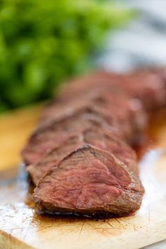How to Cook Hanger Steak : Learn how to cook the most prized cut of beef: hanger steak. You'll learn how to cook hanger steak perfectly every single time so that not an ounce will ever go to waste. Cooking For One, Cooking Chef, Healthy Cooking, Cooking Tips, Cooking Recipes, Beginner Cooking, Cooking Games, Quick Recipes, Light Recipes