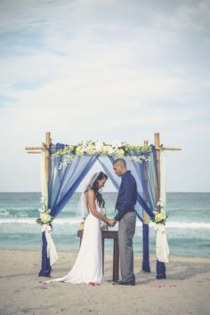What a beautiful couple, Hollywood Beach in Hollywood, FL