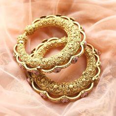 Bracelets for Women – Fine Sea Glass Jewelry Gold Jewelry For Sale, Real Gold Jewelry, Indian Jewelry, Gold Jewellery, Indian Bangles, Rajputi Jewellery, Gold Bangles Design, Jewelry Design, Gold Bangle Bracelet
