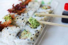 Richtig Sushi essen? So geht's: http://blog.mjam.net/richtig-sushi-essen-gehts/