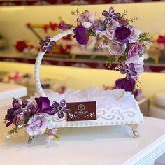 Desi Wedding Decor, Wedding Crafts, Wedding Themes, Engagement Decorations, Engagement Gifts, Wedding Decorations, Engagement Ring Platter, Coconut Decoration, Wedding Badges
