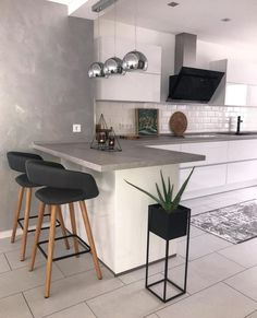 Dining area, dining room, furnishings - Home Decor Kitchen Room Design, Modern Kitchen Design, Home Decor Kitchen, Interior Design Kitchen, New Kitchen, Kitchen Ideas, Modern Design, Kitchen Grey, Awesome Kitchen