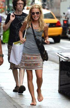 Kelly Ripa Photo - Kelly Ripa and Mark Consuelos Go Shopping