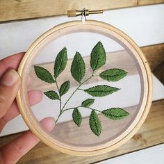 Wonderful Ribbon Embroidery Flowers by Hand Ideas. Enchanting Ribbon Embroidery Flowers by Hand Ideas. Embroidery Patterns Free, Modern Embroidery, Embroidery Hoop Art, Hand Embroidery Designs, Cross Stitch Embroidery, Paper Embroidery Tutorial, Doily Patterns, Dress Patterns, Book Crafts