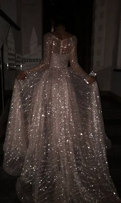 Actual arossy pictures palomo quinceanera dress outfit r new cute dress vintage cute dress aesthetic cute dress naviblue bridal wedding dresses collection 2018 Pretty Dresses, Beautiful Dresses, Glamouröse Outfits, School Outfits, Glitz And Glam, Quinceanera Dresses, Mode Inspiration, Dream Dress, Formal Dresses