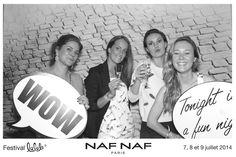 Photocall sur le stand NAF NAF du festival Lalala!
