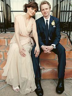 Emily Deschanel and David Hornsby were married at her family home in Pacific Palisades on September Emily wore a floor length wedding dress and diamond jewelry by Neil Lane. Her sister Zooey Deschanel and husband Ben Gibbard were in attendance. Celebrity Wedding Photos, Celebrity Wedding Dresses, Celebrity Weddings, Celebrity Couples, Wedding Attire, Wedding Bride, Wedding Gowns, Wedding Shot, Wedding Venues