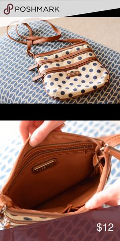 Awesome Rossetti satchel! Cute bag that is also super convenient and easy to carry around. I only used this for about a week because I'm addicted to buying new bags so it's in pretty top notch condition. Fratelli Rossetti Bags Satchels