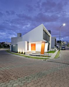 Lv Z House Side View Impressive Z Shaped House in Mexico by NonWarp