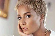 Stunning Pixie Hairstyles Short Hair Ideas 24