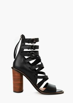 Leather gladiator sandals - Shoes for Women   MANGO