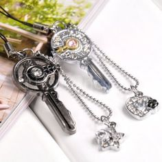 Love key couple phone pendant