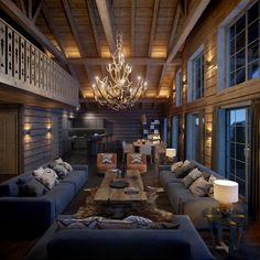 Gorgeous Spacious Chalet With Warm And Cosy Ambience 43 Chalet Interior, Decor Interior Design, Interior Decorating, Decorating Ideas, Cabin Homes, Log Homes, Casas Country, Swiss Chalet, Chalet Style
