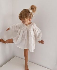 Cute Baby Girl, Cute Babies, Pony Party, Baby Kids Clothes, Striped Linen, Summer Kids, Girl Birthday, Kids Outfits, Kids Fashion