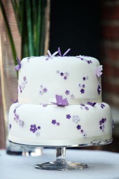 Hochzeit Wedding Torte#Cake lila purple Blumen Flowers Schmetterlinge butterflies
