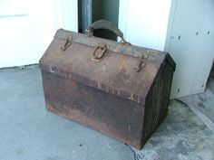 vintage tool box | Vintage Rusty Tool Box in Castro Valley, CA, USA ~ Krrb