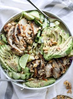 chicken avocado salad with peanut dressing I howsweeteats.com #salad #chickenavocado #peanutdressing