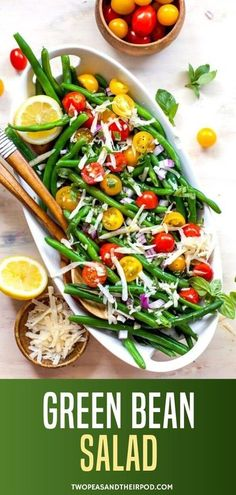 This is the best Green Bean Salad Recipe! It�s filled with tomatoes, Parmesan, fresh basil, and a little bit of red onion. I top it off with a zesty homemade dressing and it�s the most perfect side dish for summertime. Quick Side Dishes, Healthy Side Dishes, Side Dish Recipes, Easy Dinner Recipes, Healthy Food, Healty Dinner, Dinner Salads, The Best Green Beans, Breakfast