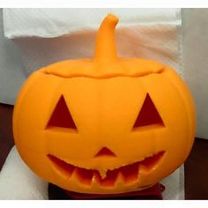 Check out what one of our employees Megan did as her first print  #3DPrinting #Halloween #Pumpkin #3DP #3DPrinter #3DPrint #AdditiveManufacturing #October #Creative3DPrint #Decor #DIY by sandythematerialsgirl
