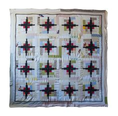 """Log Cabin quilt by Luke Haynes, part of the """"Quilts of Donald Judd"""" exhibit; photo by Virginia Wilcox Log Cabin Quilts, Log Cabins, Pineapple Quilt, Japanese Quilts, Quilting Designs, Fiber Art, Design Elements, Quilt Patterns, Holiday Decor"""