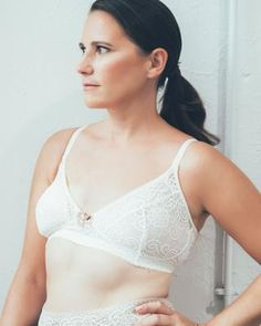 ca107d26866 Gloria Pocketed Wirefree Mastectomy Bra is pocketed to accommodate  lightweight breast forms or prosthesis.