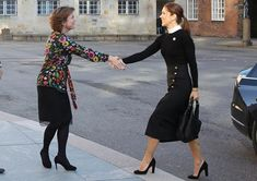 "29 October 2019 - Crown Princess Mary attends the conference ""Sexual and Reproductive Health and Rights in Humanitarian Crises"" at Christiansborg Castle Princess Stephanie, Princess Estelle, Princess Charlene, Princess Madeleine, Crown Princess Victoria, Crown Princess Mary, Prince And Princess, Pregnant Princess, Royal Clothing"