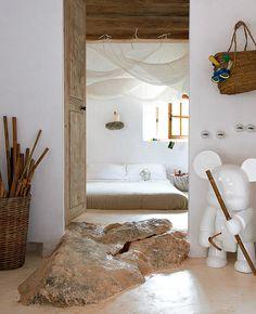 Cave House par Alexandre DE BETAK