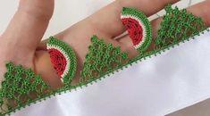 Karpuz Dilimli Mutfak Havlusu Yapımı Crochet Baby, Crochet Top, Crochet Blanket Patterns, Crochet Projects, Watermelon, Needlework, Diy And Crafts, Crochet Earrings, Towel