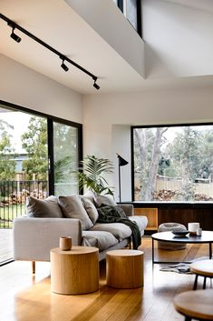 An East Ballarat Home Inspired By Iconic Australian Architecture (The Design Files) Living Room Interior, Home Living Room, Home Interior Design, Living Room Designs, Living Room Decor, Living Spaces, Australian Interior Design, Lounge Room Designs, Modern Interior