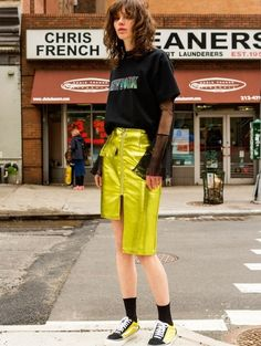W CONCEPT : W컨셉 - [ANDERSSON BELL:앤더슨 벨] AMELIE UNBALANCE SKIRT apa187w (Green)