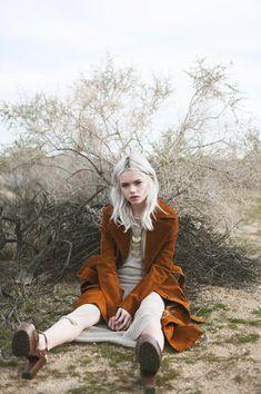 """Zoe in the Desert"" photography Laci Havens model Zoe Elyse"