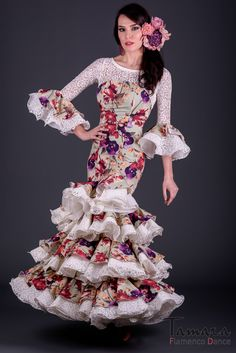 Flamenco Dresses, Ethnic, Bohemian, Costumes, Lady, Color, Women, Fashion, Evening Gowns Dresses